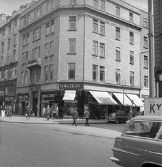Sackville St/ now O'Connell Street, Dublin 1880..