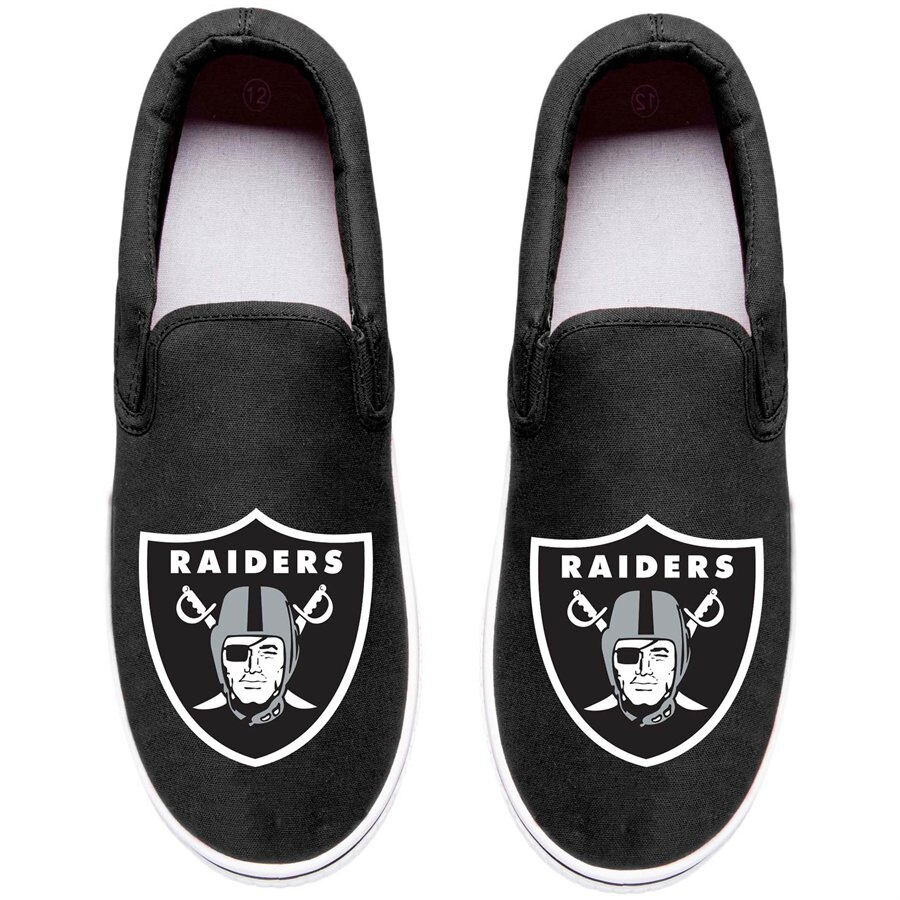 Oakland Raiders Big Logo Slip.