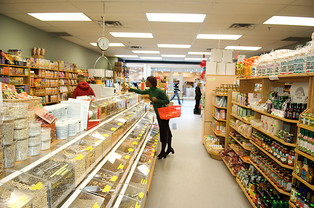 Oglala Sioux Tribe to Open Own Grocery Store.