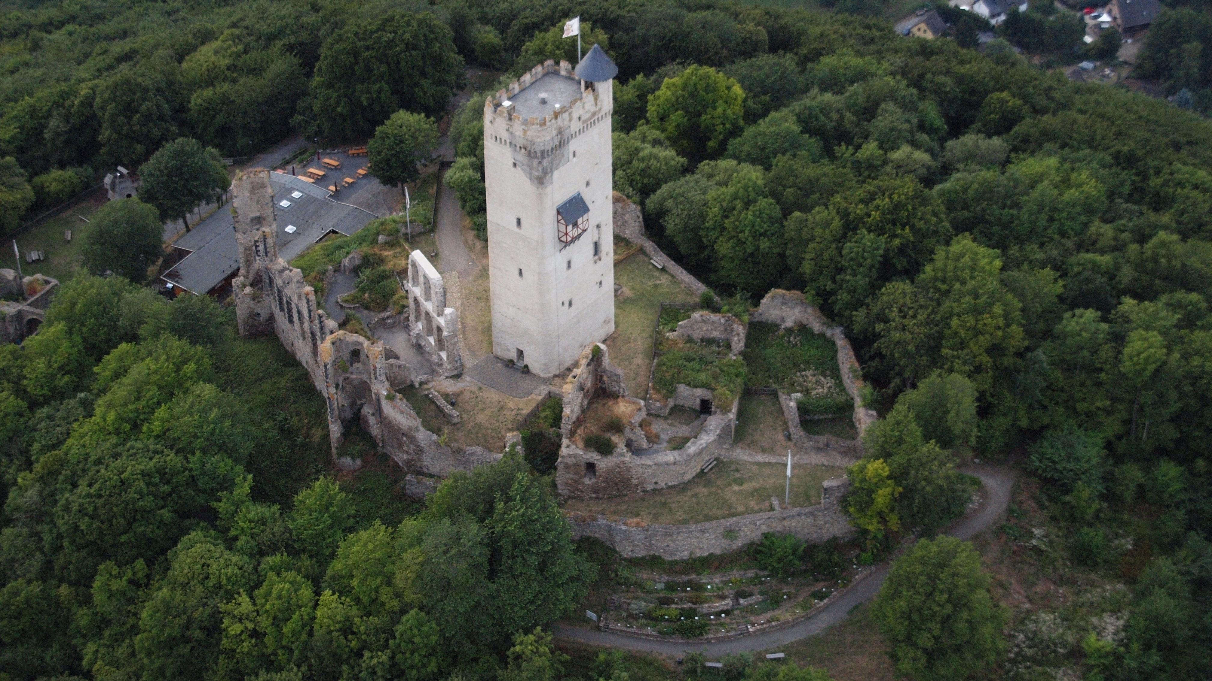 File:Burg Olbrück 025.