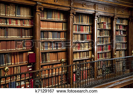 Picture of old books in library k7129167.
