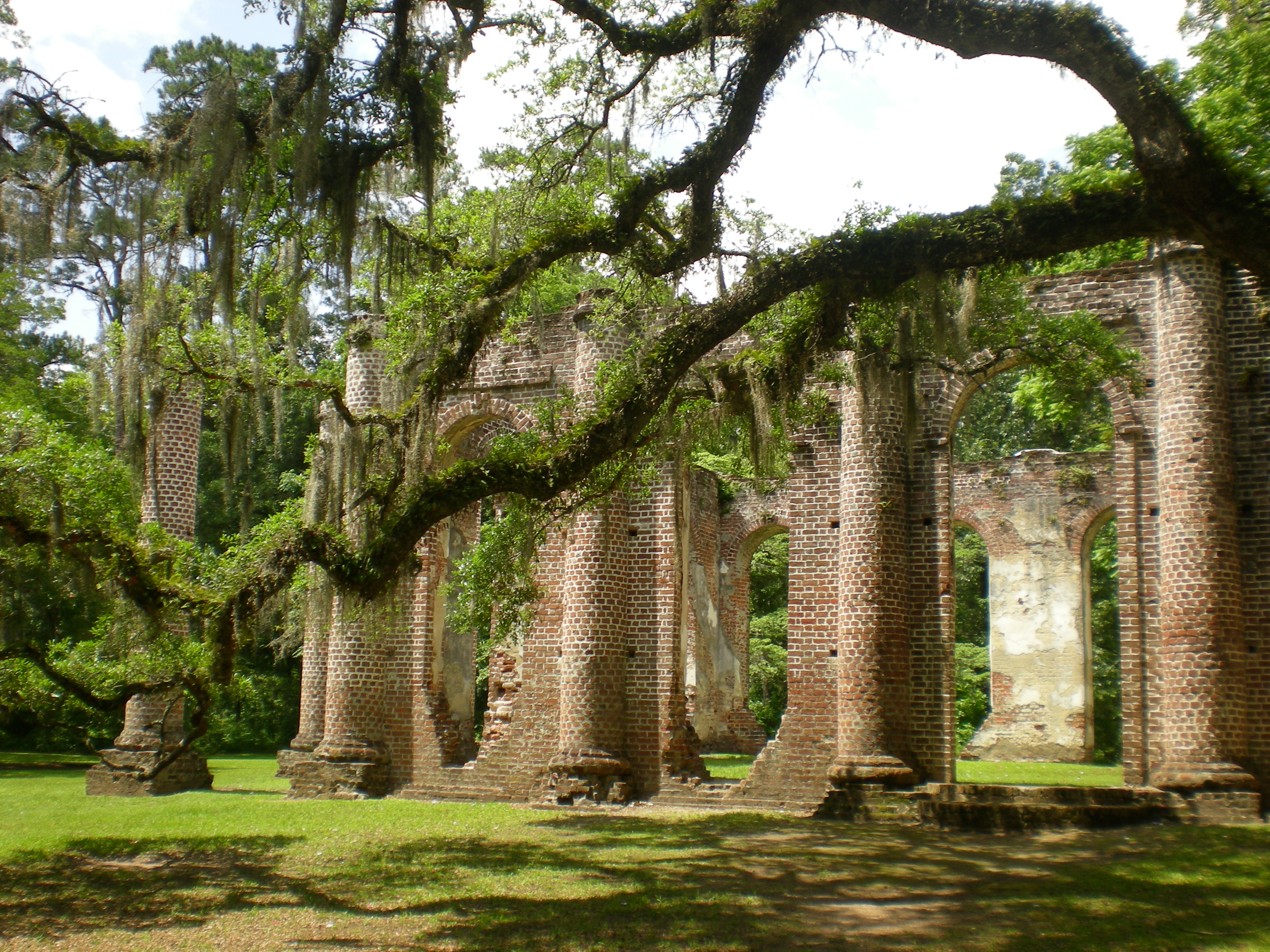 Old Sheldon Church Ruins. A perfect southern wedding venue.