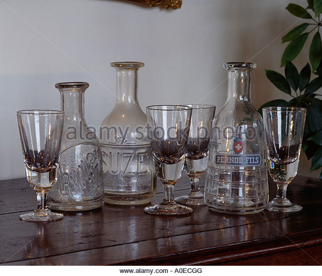 Glass Decanter Domestic Stock Photos & Glass Decanter Domestic.