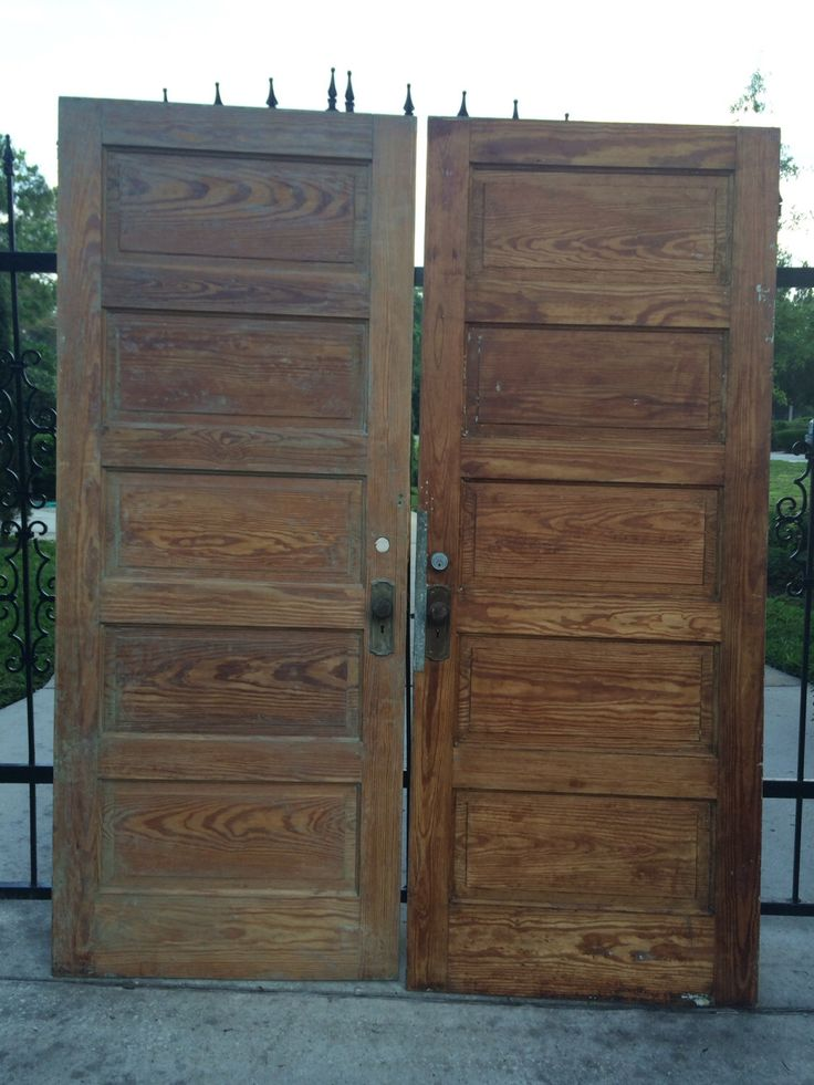 1000+ ideas about Old Wood Doors on Pinterest.