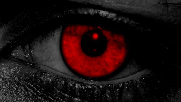 Olhos Vermelhos.