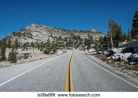 Stock Images of Steep mountain highway, Olmsted Point, Yosemite.