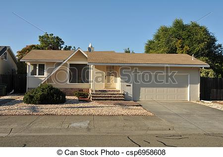 Pictures of Single family house one story with driveway.