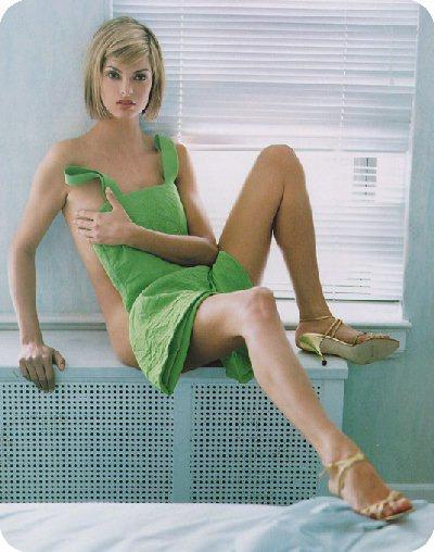 Unique Dress: Fashion Do's and Don'ts.