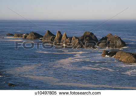 Stock Image of Rocky Outcropping at Oregon Coast u10497805.