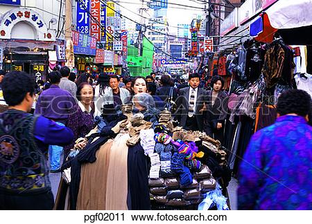 Stock Photography of shop, store, customer, Namdaemun market, day.