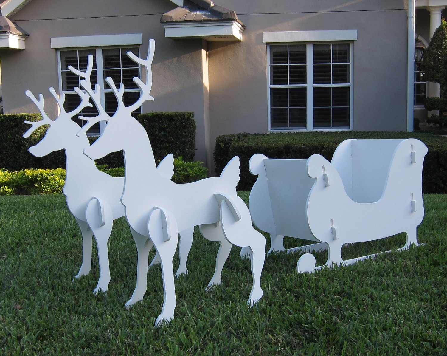 The 16 best images about 3d reindeer templates on Pinterest.