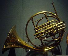 Horn (instrument).