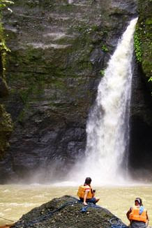 Backpacking Philippines and Asia: Travel Guide: Pagsanjan Falls in.