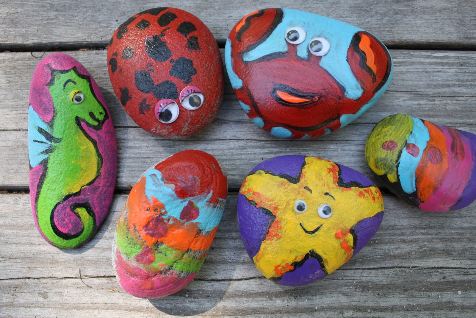 Painted Rock Clipart.