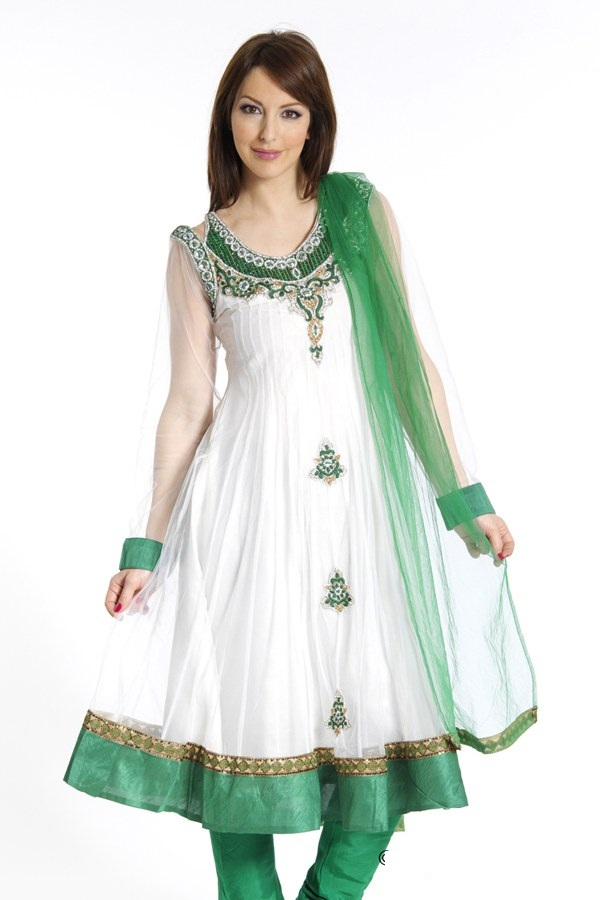 Designer Cloth: Latest Stylish Wear Long Pakistani Frock.