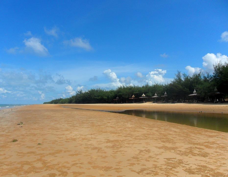 Free photo: Pantai Slopeng, Sumenep, Madura.