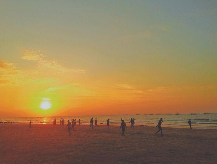 pantai slopeng sumenep.