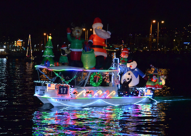 Best places to watch the San Diego Bay Parade of Lights.
