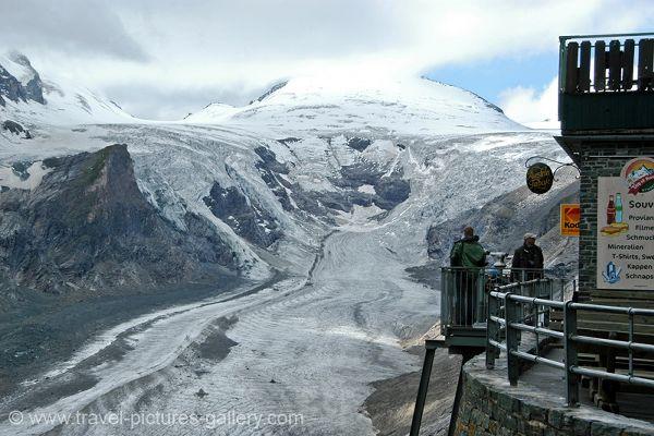 Grossglockner, Pasterze Glacier, National Park Hohe Tauern.