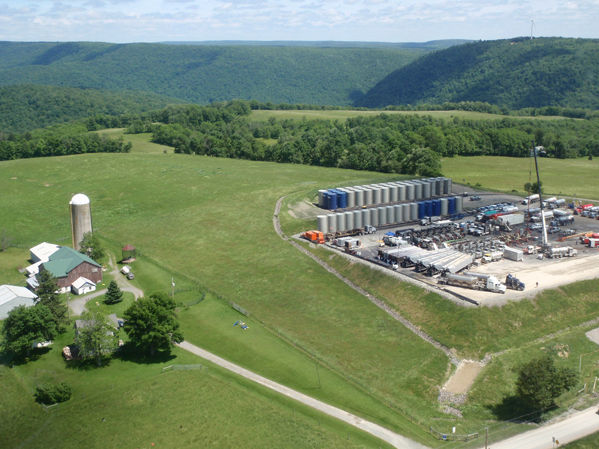 New analysis suggests ways for landowners to limit fracking and.