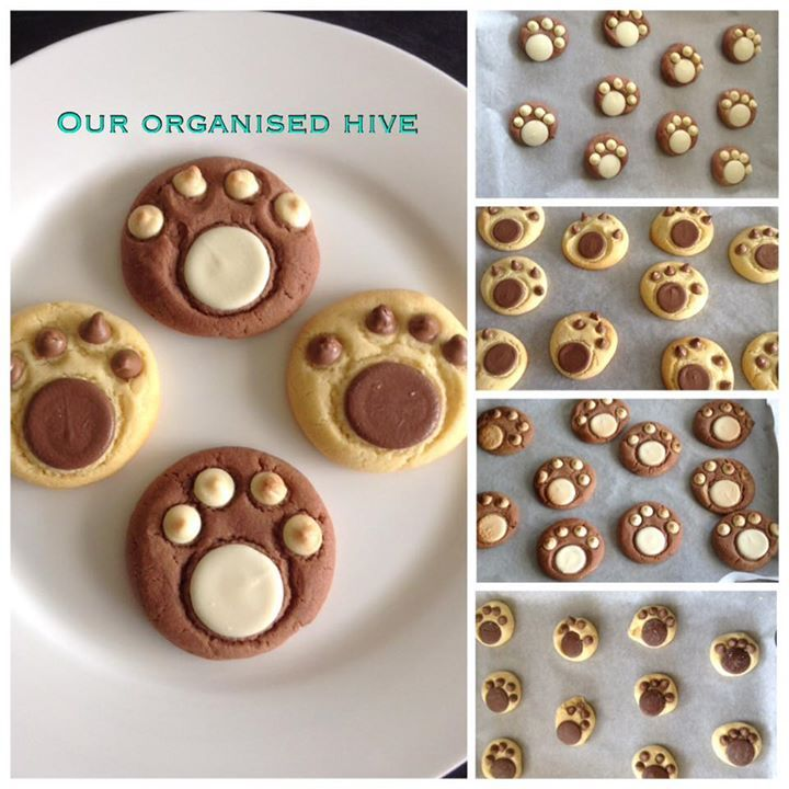 25+ best ideas about Paw Print Cakes on Pinterest.