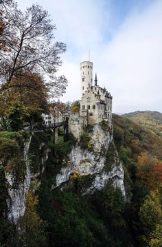 Castles and Germany on Pinterest.