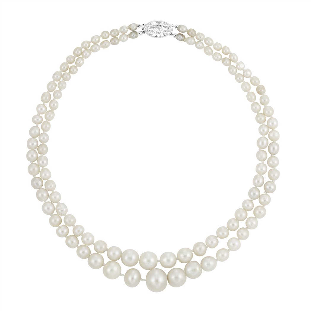 Pearls Necklace Clipart.