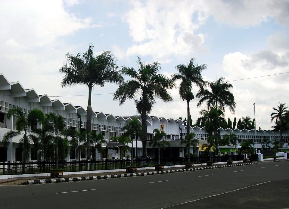 Jawa, Timur.