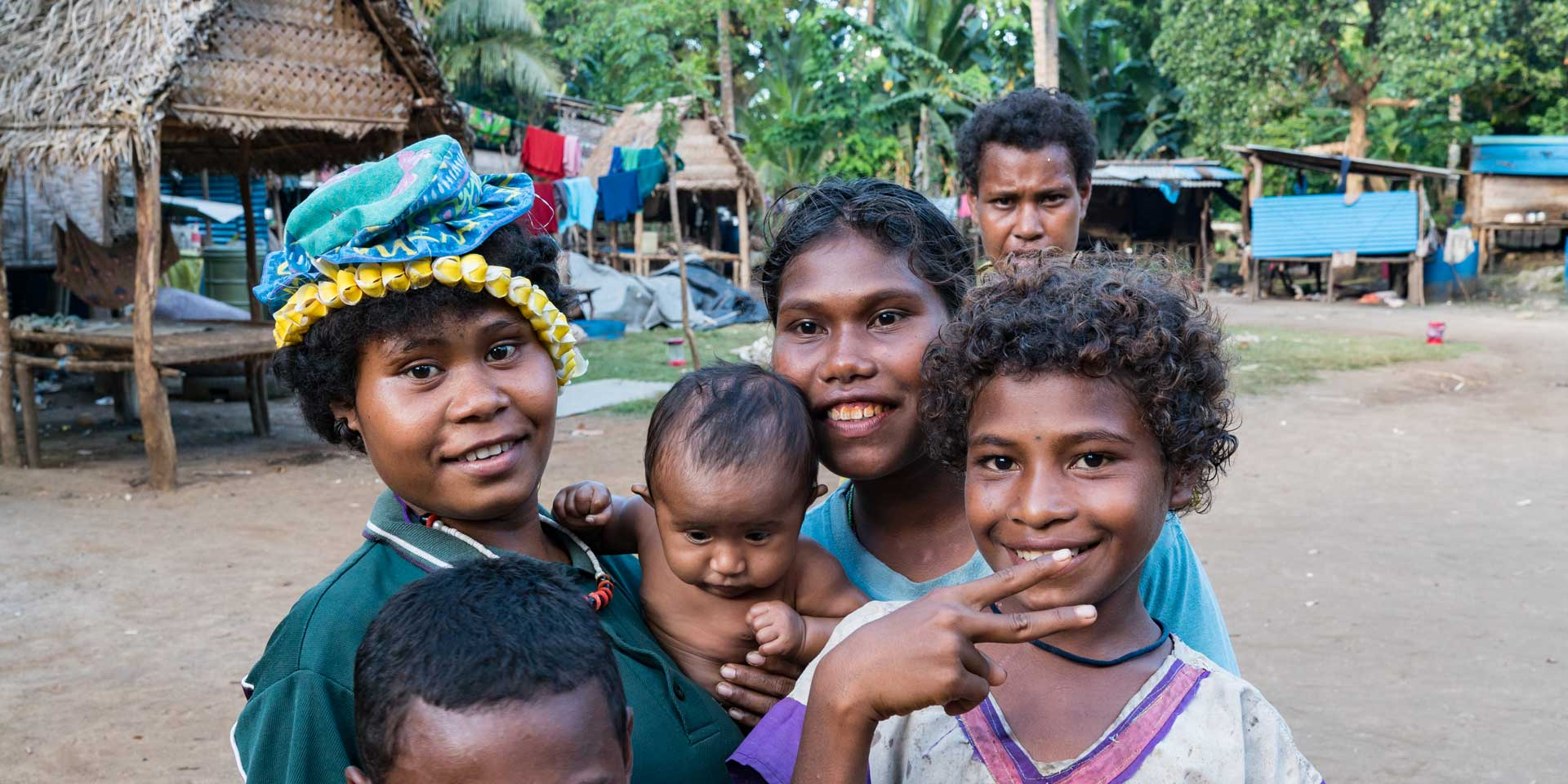 300 Days of Sunshine Light Up Papua New Guinea\'s Future.