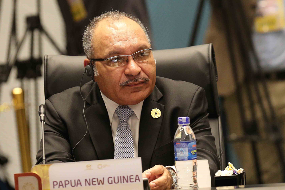 PNG leader resigns over poorly handled ExxonMobil, Total LNG.