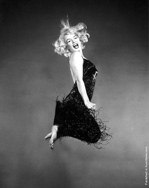 Marilyn Monroe, 'Jumpology', 1959. Photo by Philippe Halsman.