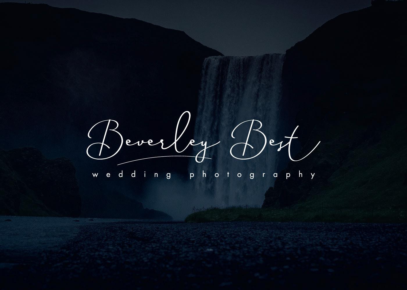 Signature logos for Photographers on Behance.