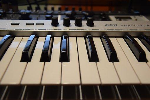 Piano, Keys.