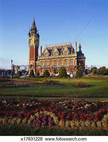 Pictures of City Hall, Calais, Pas De Calais, Picardy, France.
