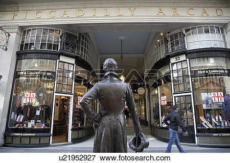 Picture of England, London, Piccadilly, A statue of Beau Brummell.