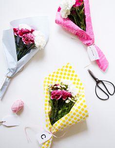 Buy Flowers in Singapore.