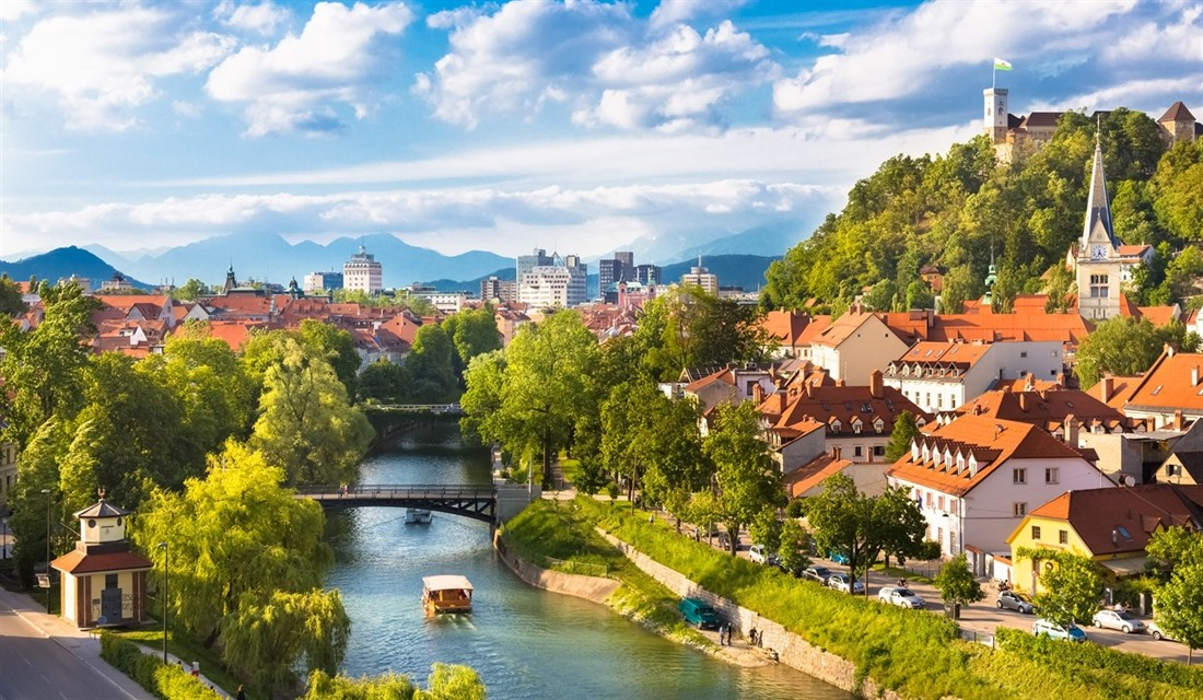 5 beautiful places to visit in Slovenia.