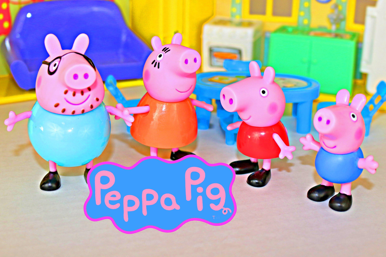 Peppa Pig Figures Peppa & Family George, Mummy Pig with Peek 'n.