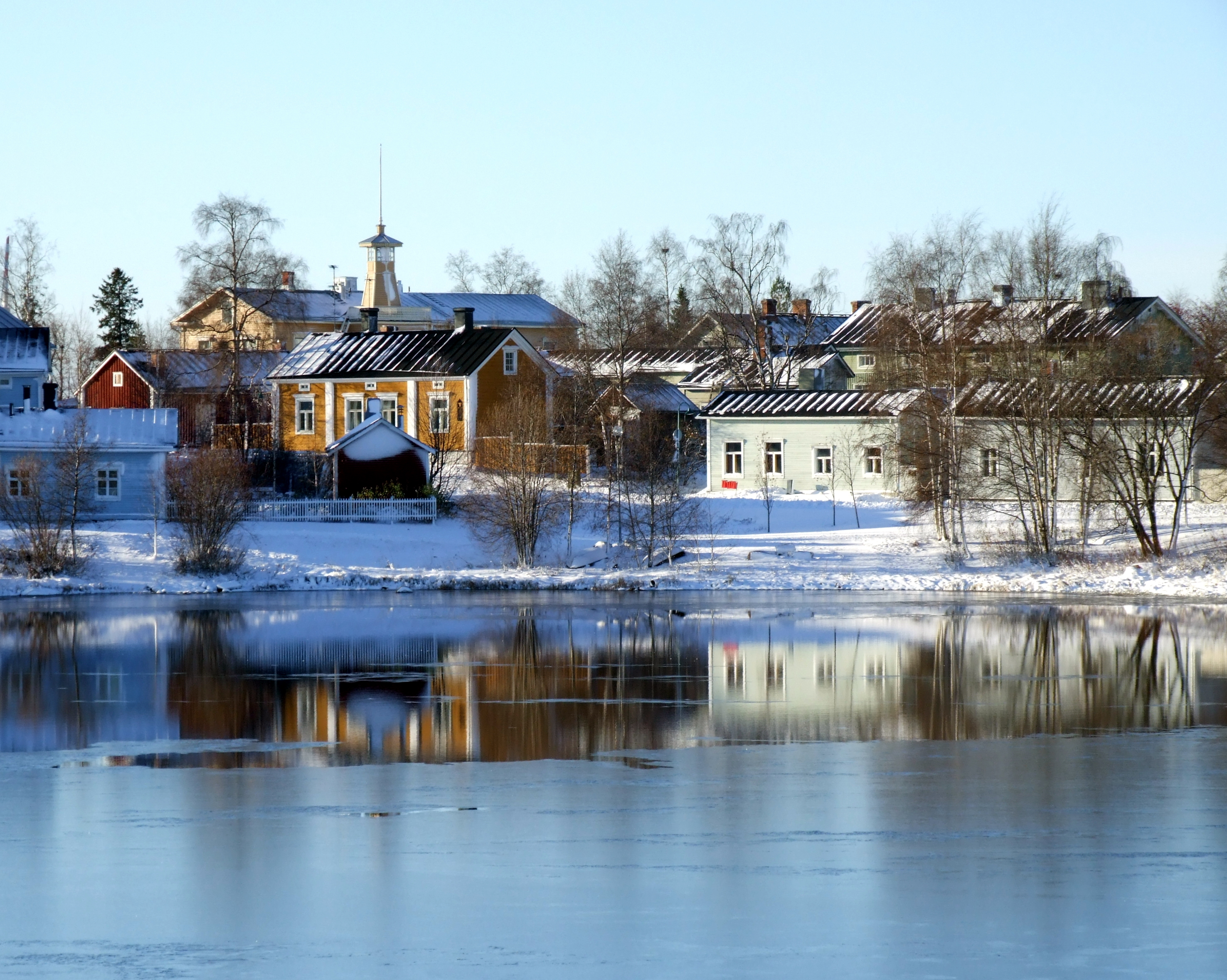 File:Pikisaari Oulu 20061029.JPG.