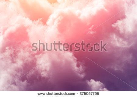 Cloudy Stockbilder, royaltyfria bilder och vektorgrafik.