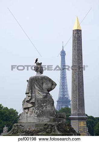 Pictures of France, Paris, Place de la Concorde, Obelisk, Eiffel.