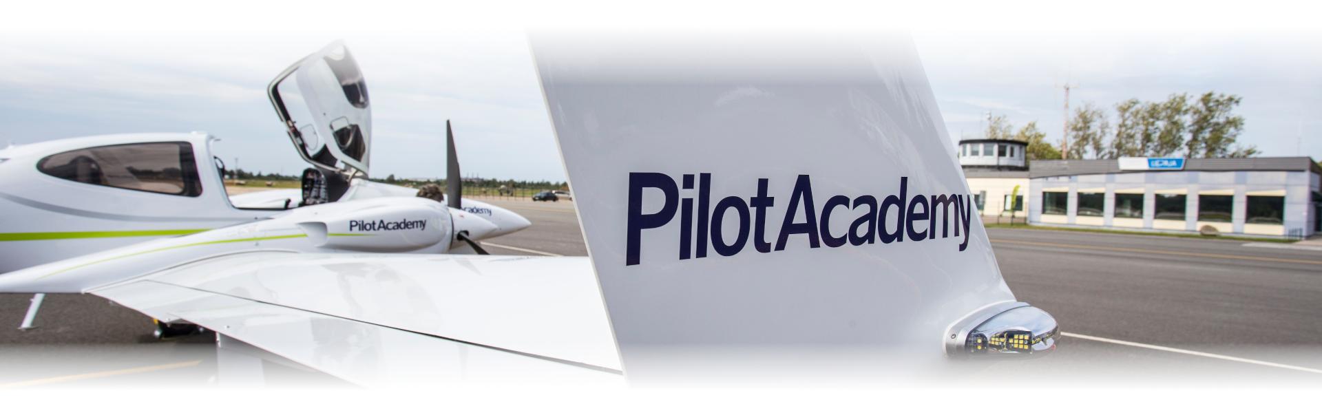 airBaltic Pilot AcademyAir Baltic Training.