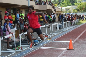 Toea Wisil and Theo Piniau set new National records.