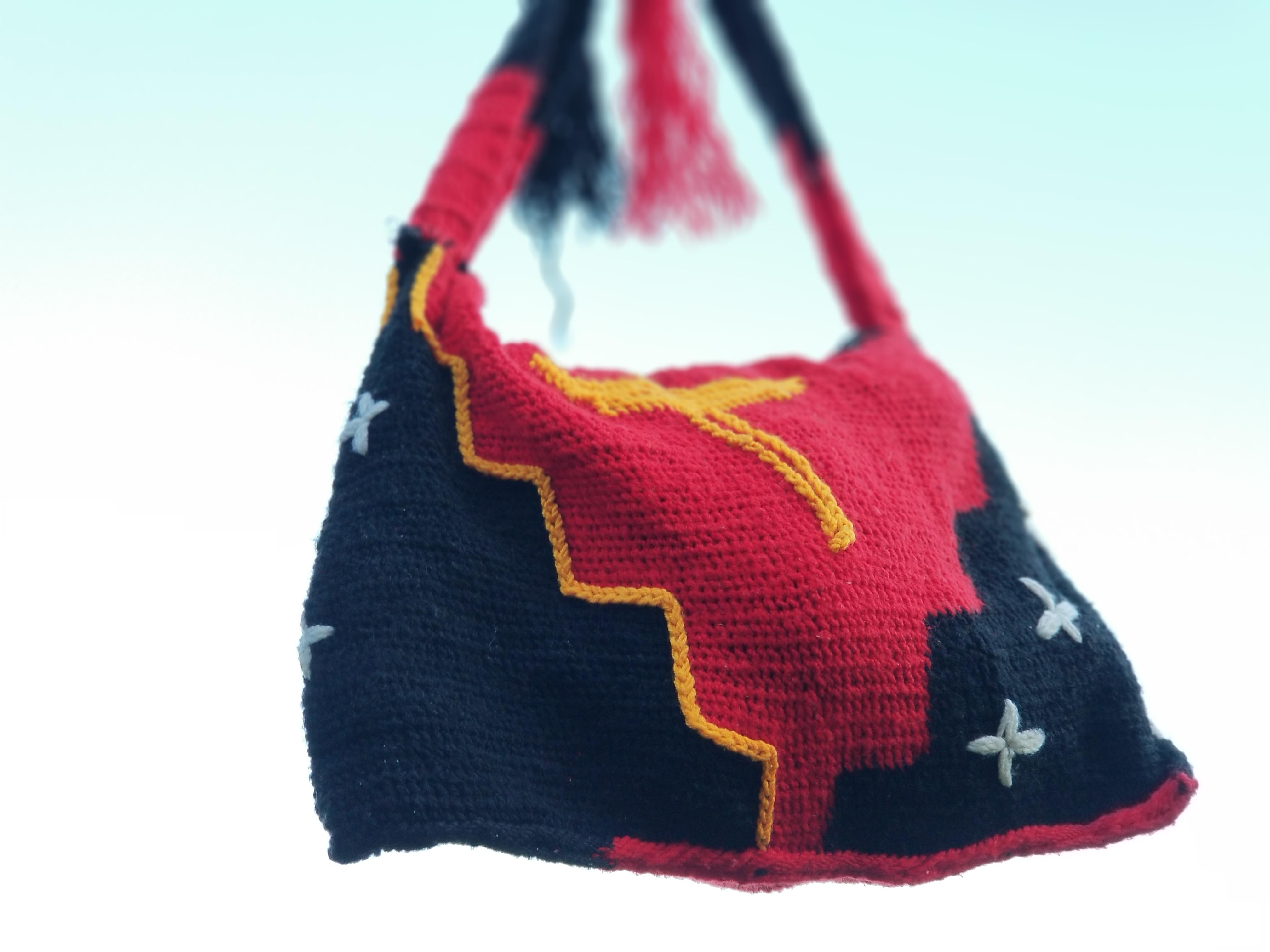 PNG Flag Bilum.
