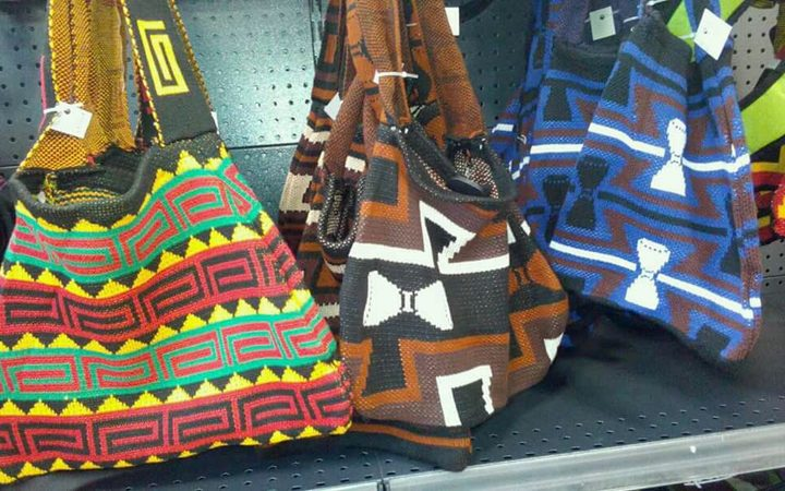 PNG retailers told to remove fake bilums by end of the month.