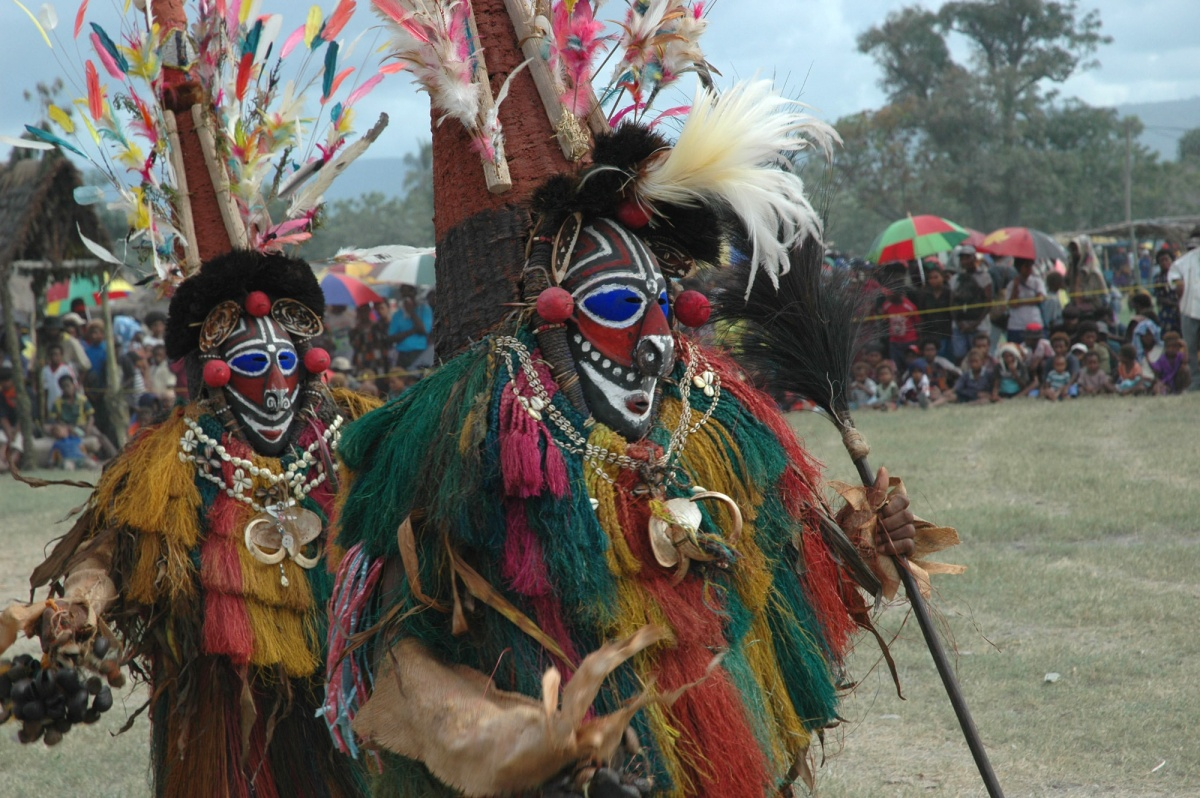 Visit PNG\'s last tribe of cannibals.