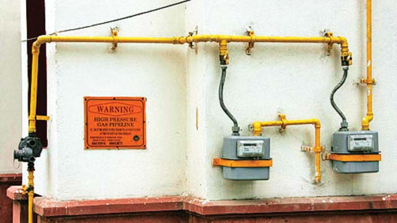 IGL may drop Rs 5,000 upfront deposit for piped gas.