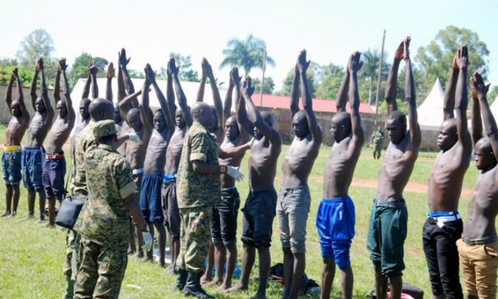 Army To Recruit 13,000 Ld Us.