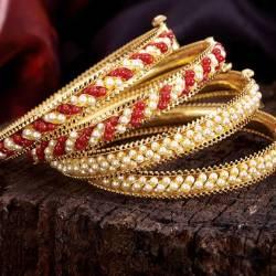 PNG Diamonds, Narayan Peth.