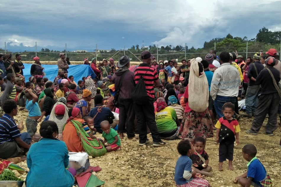At least 18 killed as second earthquake strikes Papua New.